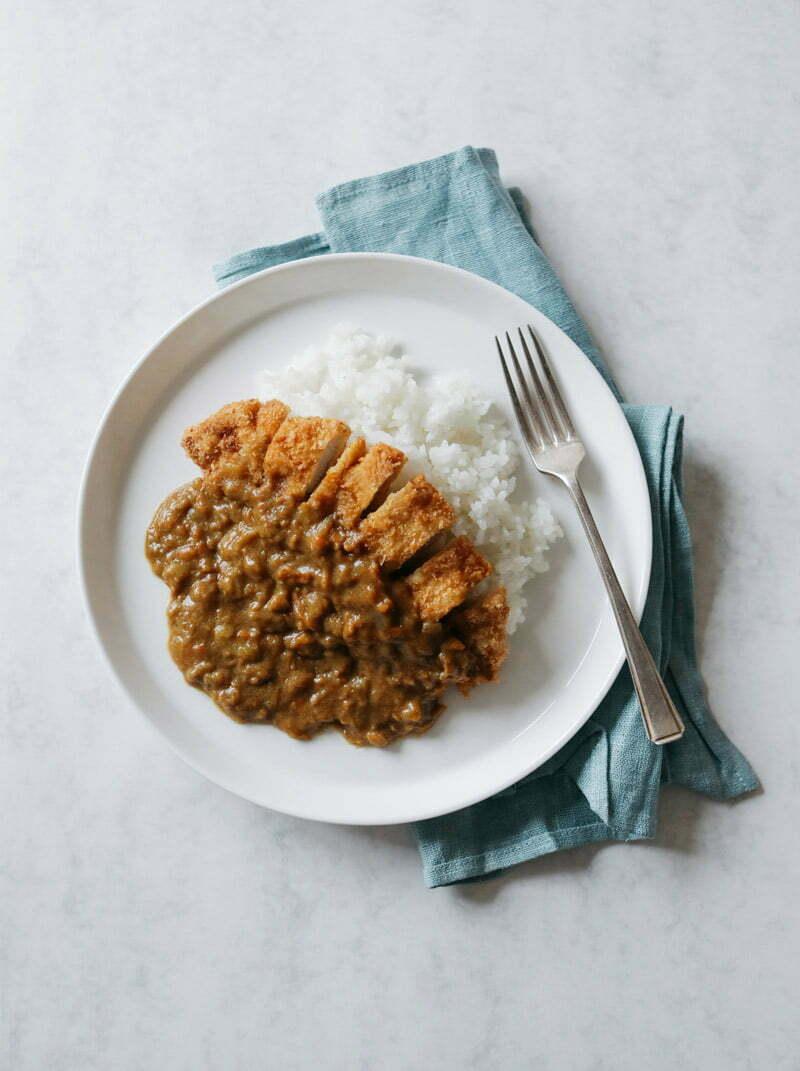 katsu curry avec du riz rond japonica akafuji