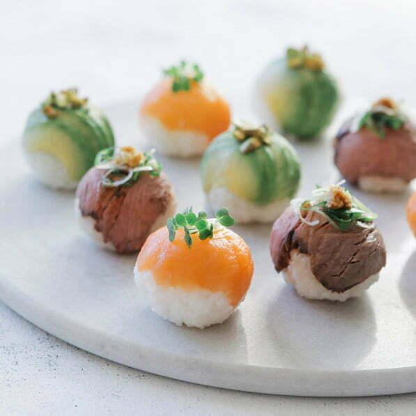 temari sushi avec du riz rond japonica akafuji